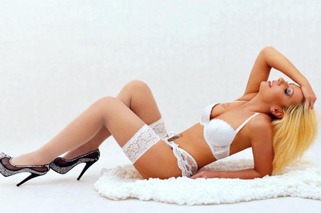 sexy livesex frauen zeigen sich gratis in sexchat liveshows
